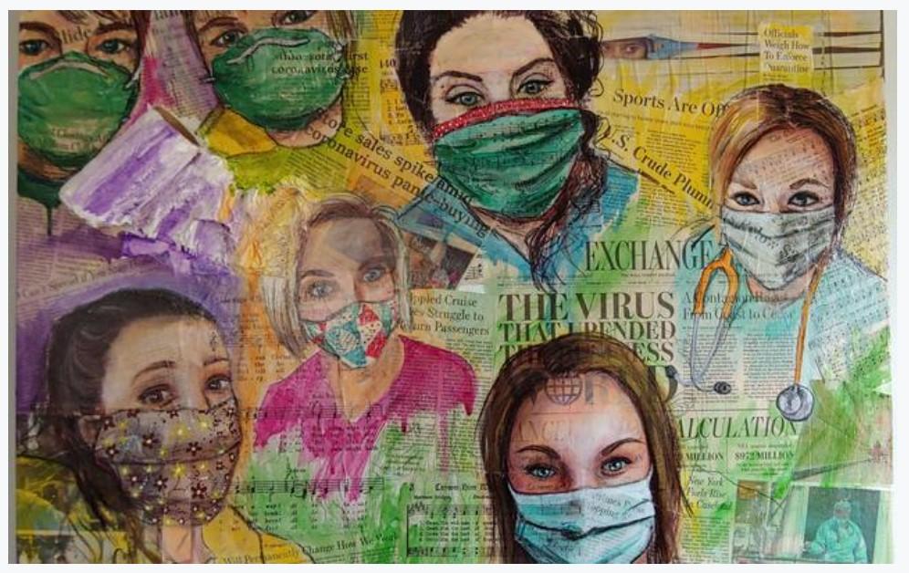 Páginas de jornal ao fundo, coloridas, mas que deixam visualizar manchetes sobre a pandemia de COVID-19 e sobrepostos rostos de trabalhadores da saúde usando máscaras. Pintura colorida com lápis de cor da artista Anna Lassonde.